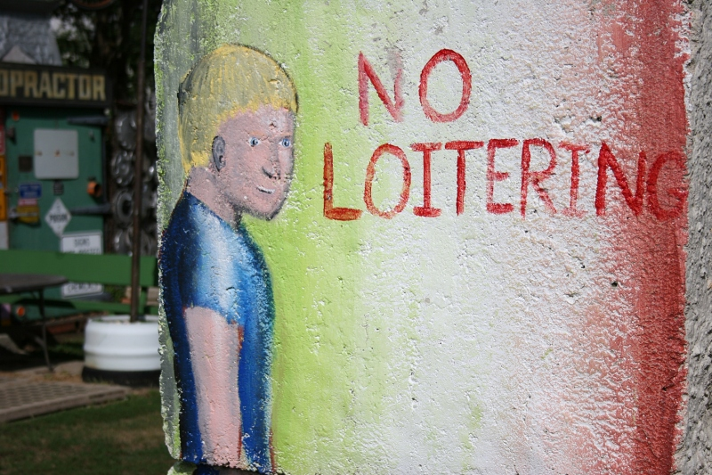 Do loiter here. Especially take time to look at the many 3 x 3-feet painted cement blocks weighing 4,000 pounds.
