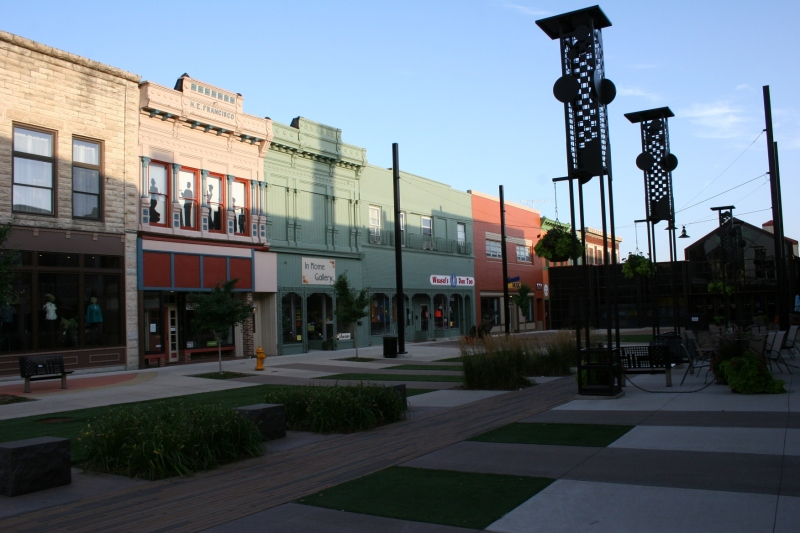 The Plaza presents a welcoming and inviting spot to linger in the heart of downtown Mason City.