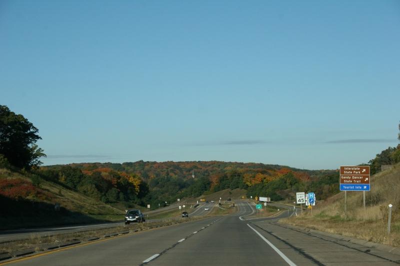 Heading toward St. Croix Falls, Wisconsin, and Taylors Falls, Minnesota, along U.S. Highway 8.