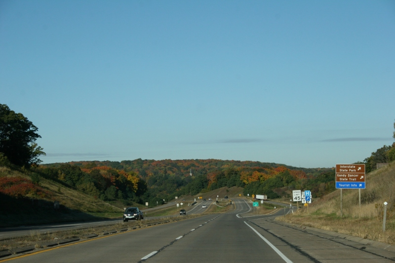Heading toward St. Croix Falls, Wisconsin, and Taylors Falls, Minnesota, along U.S. Highway 8.