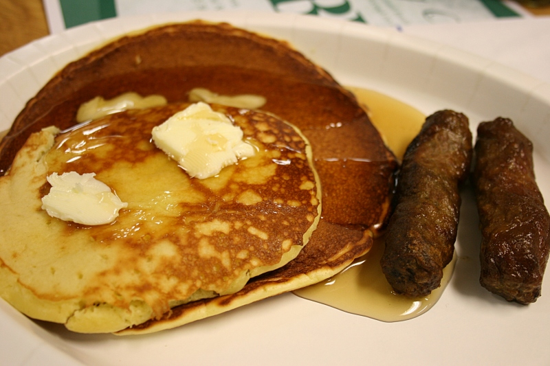 The featured foods, pancakes and sausage.