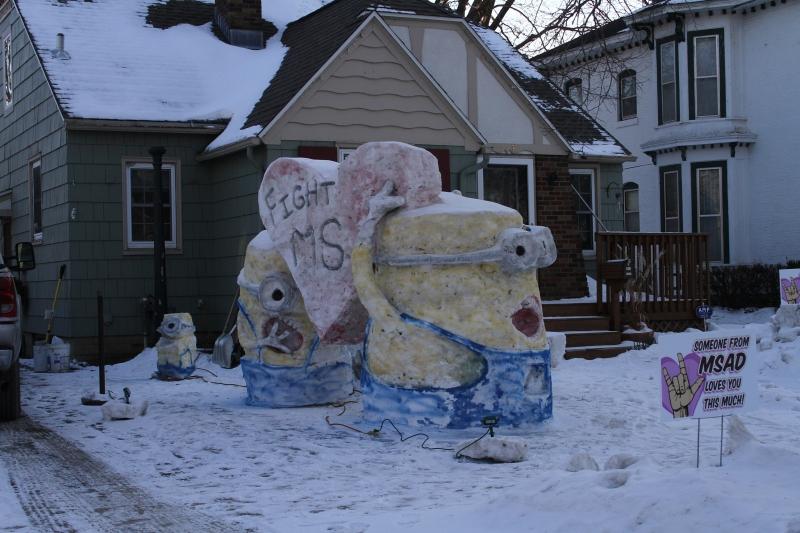 Snow sculpture, Minions