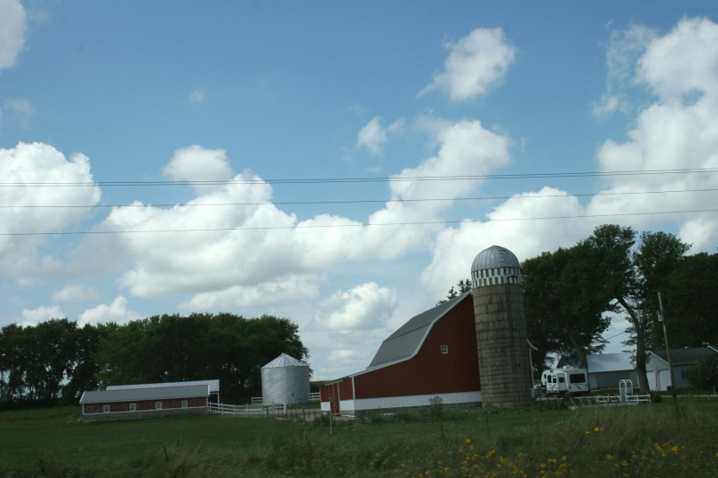 A farm site somewhere in notheast Iowa between Nashua and Strawberry Point.