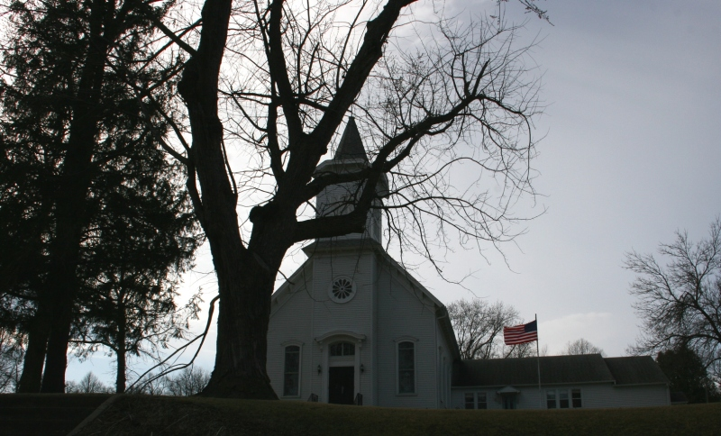 A front view of that beautiful old church.