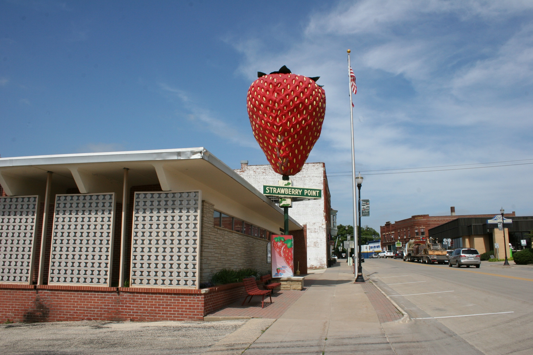 strawberry point Get directions, maps, and traffic for strawberry point, ia check flight prices and hotel availability for your visit.