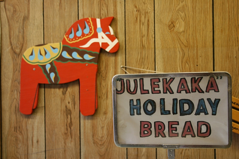 "Apparently no umlauts in the word ""julekaka"" on this bakery signage."