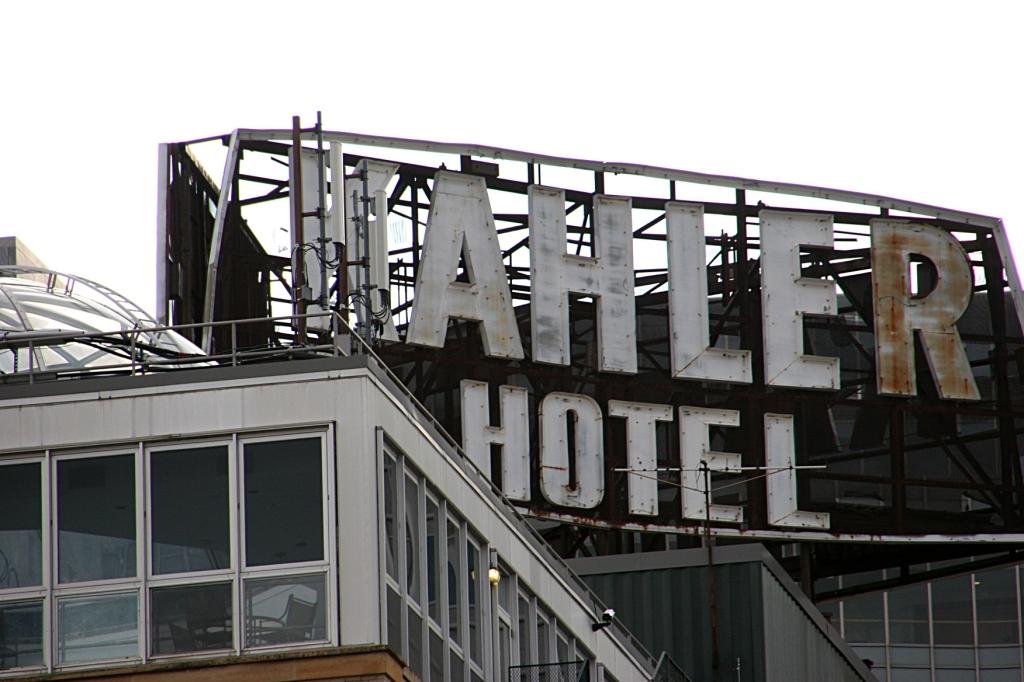 Kahler Hotel