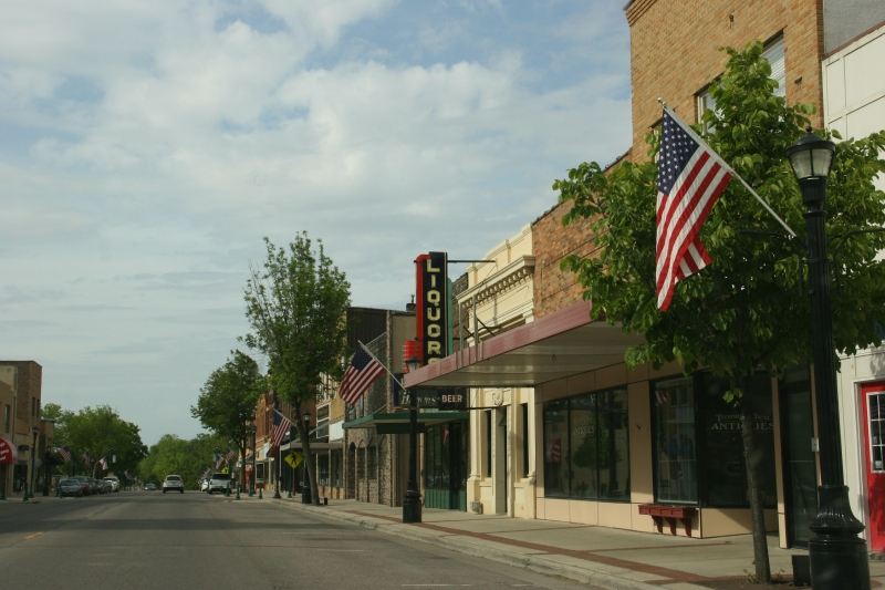 Another scene from downtown Waseca, on the other side of the street.