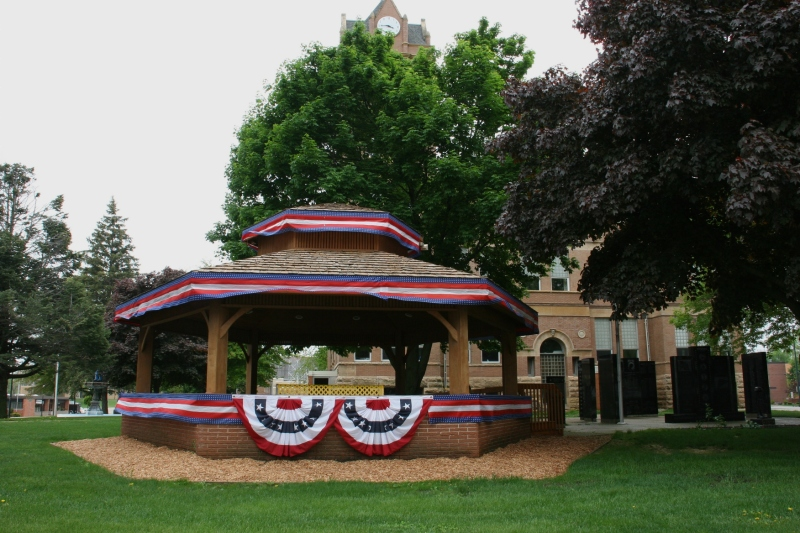 This oversized gazebo sits in the Winnebago County Courthouse square.