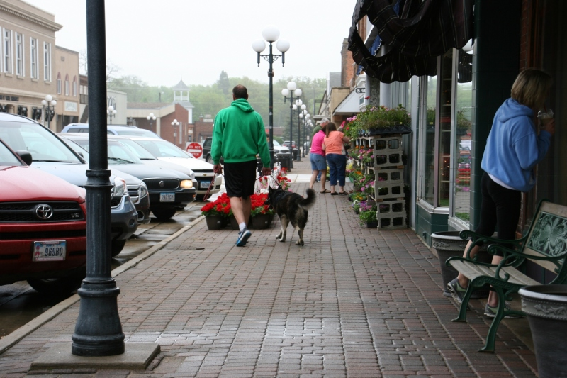 Downtown Clear Lake on a Saturday morning in mid May.