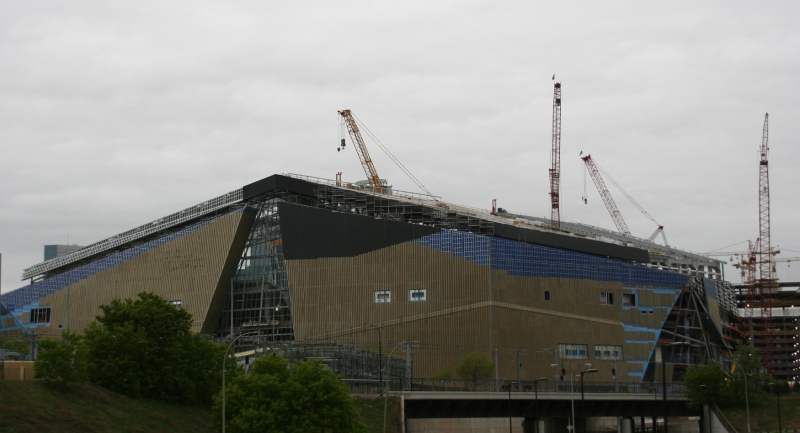 Likewise, construction of the new Minnesota Vikings stadium draws my photographic attention.