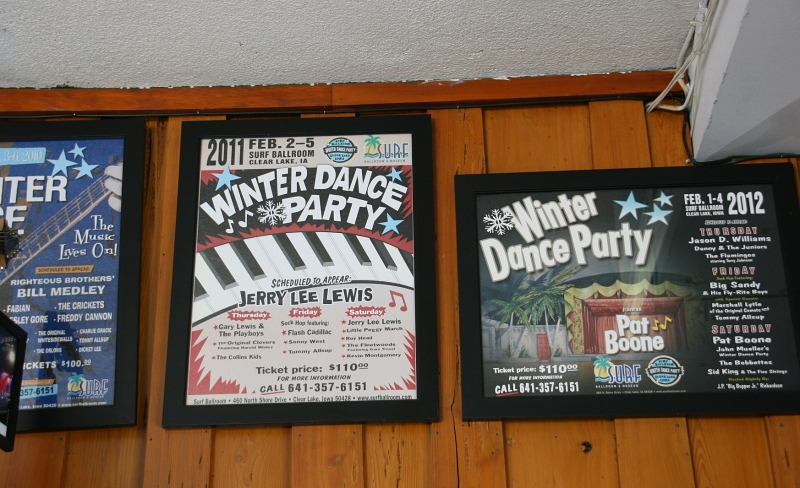 Each February, the Surf still hosts a Winter Dance Party.