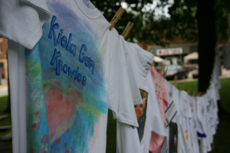 Clothesline Project, Kiela Gem