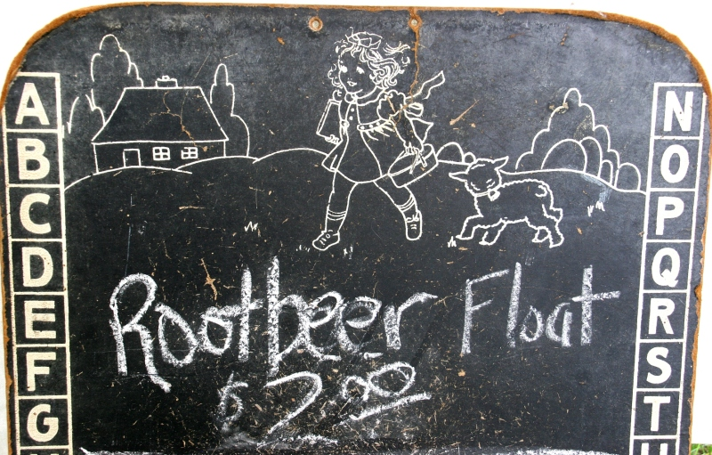 Farmers Friends 4-H Club advertised its root beer floats on a vintage chalkboard along the Trail of History, which the club sponsored.