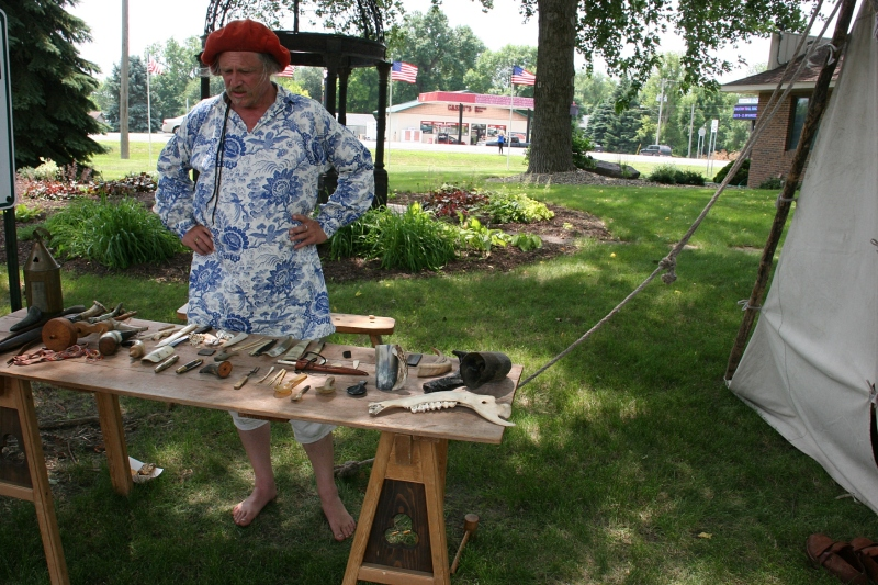 On the Trail of History, the Horner explained how items are crafted from horns/bones.