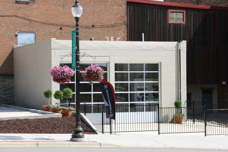 Except for the sidewalk flag, there's no identifying  exterior street-side signage on F-Town Brewing. It's needed and perhaps it's coming. The garage doors are opened, if the weather is nice, when the taproom is open.
