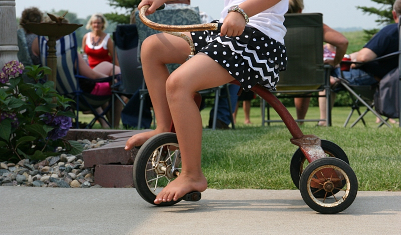 """The hit """"toy"""" of the day were the vintage trikes belonging to my sister-in-law."""