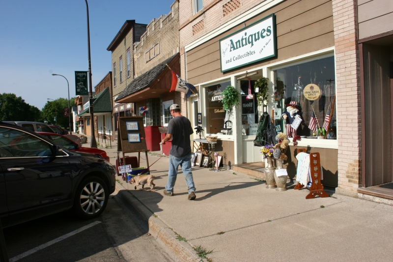 Jim's Antiques and Collectibles located at 108 Main Street North in Lonsdale, Minnesota.