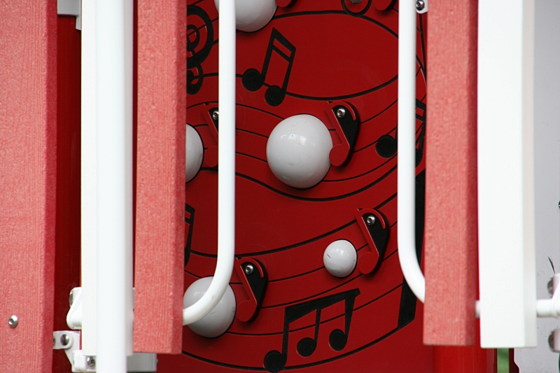 A musical detail on the playground.