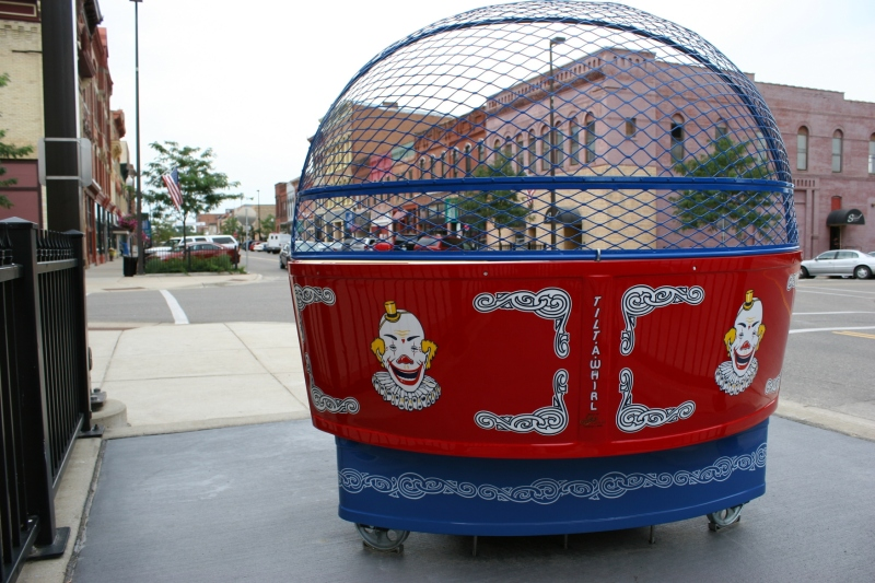 The Tilt-A-Whirl faces north toward Central Avenue.