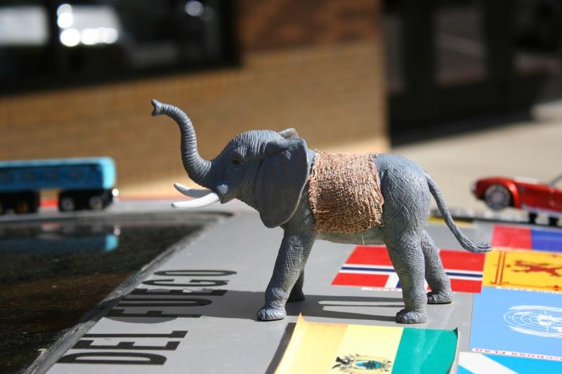 Art car, elephant on roof
