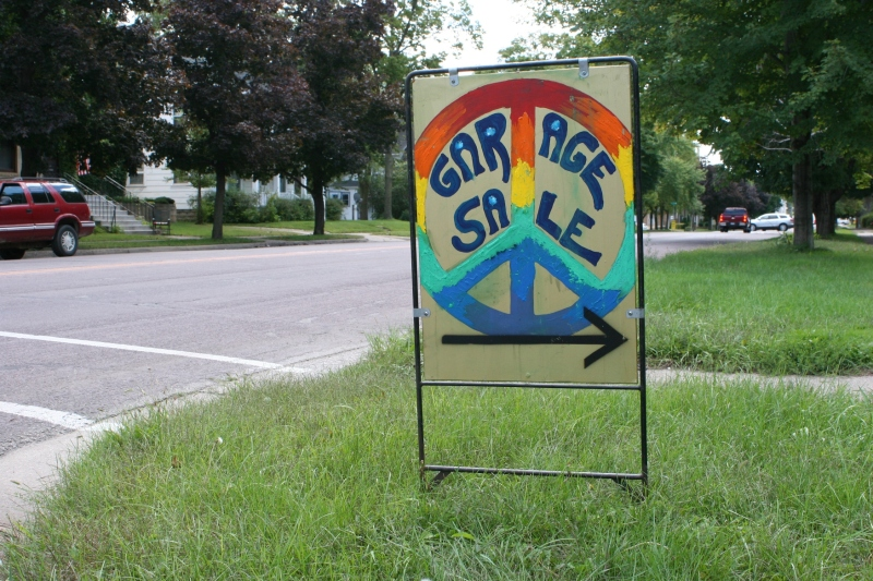 Peace symbol sign, tie-dyed
