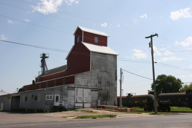 I'm always happy to see a grain elevator that has been maintained and is appreciated.