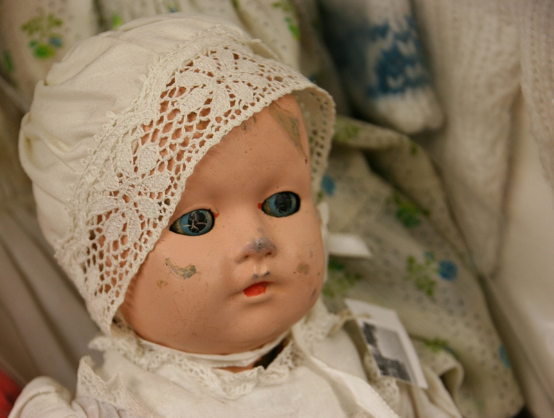 Adams Originals, 5 doll close-up