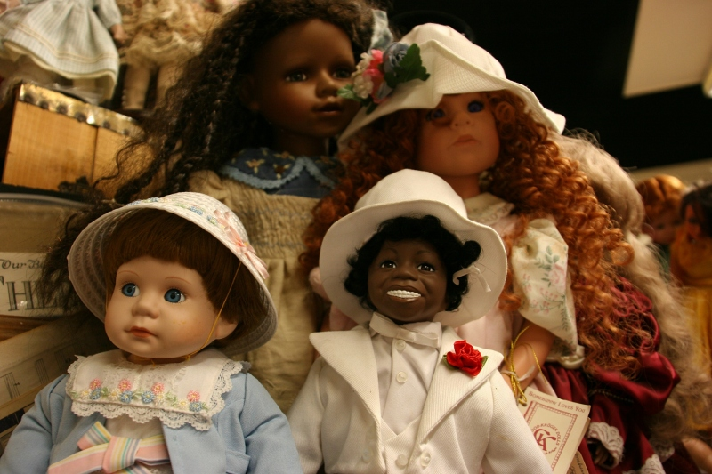 Adams Originals, 8 doll close-ups