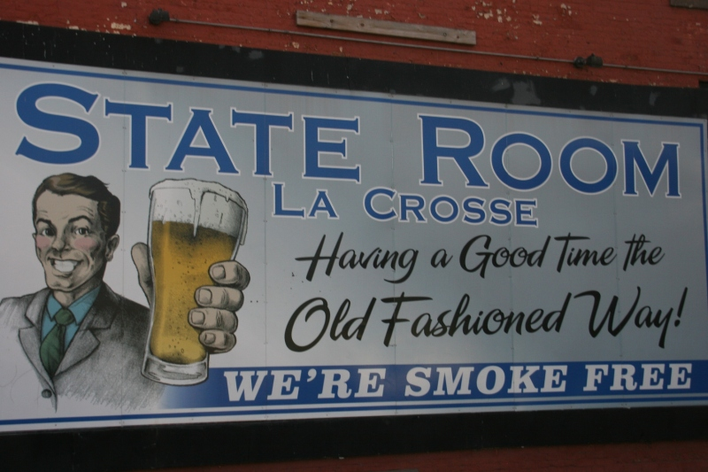 I believe all bars in Wisconsin are now smoke-free.