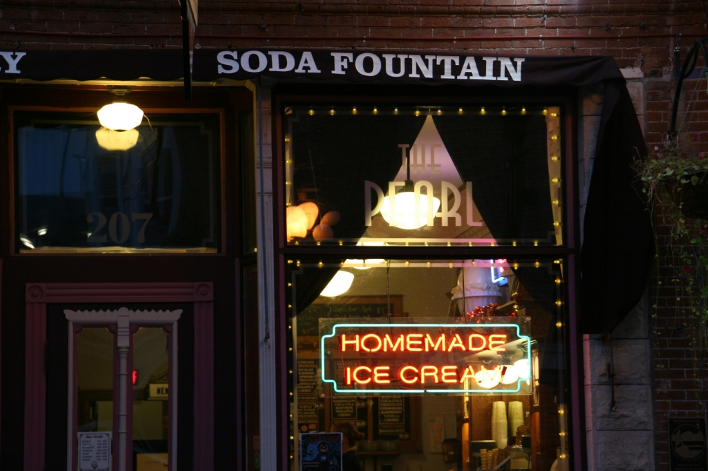 The Pearl, a quaint shop serving homemade ice cream.