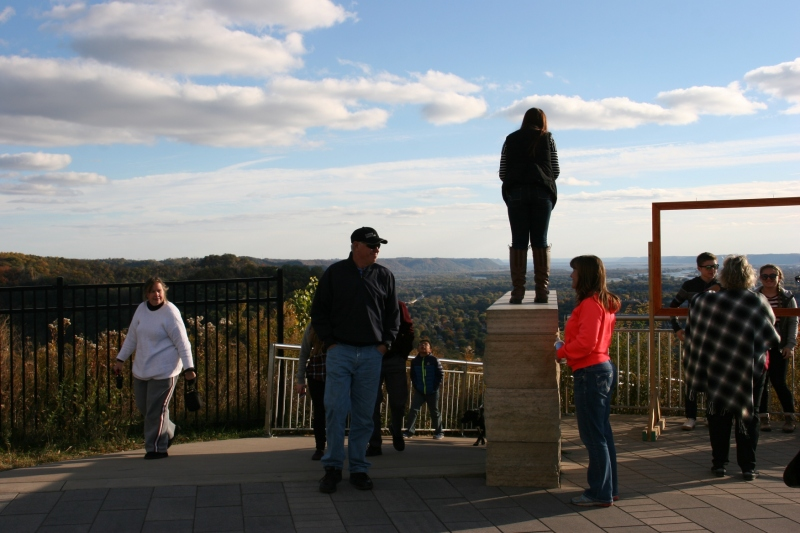 Grandad's Bluff, 86 standing atop post to take photo
