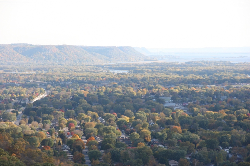 Grandad's Bluff, 89 valley view 1