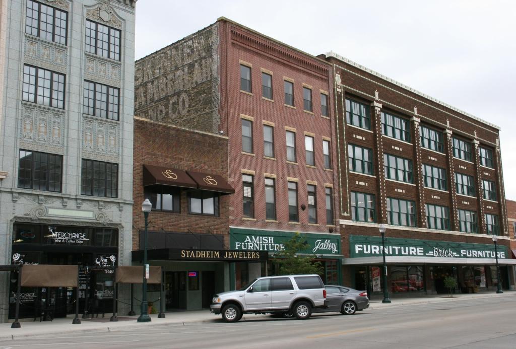 Historic buildings in Albert Lea, 89 interchange to furniture store
