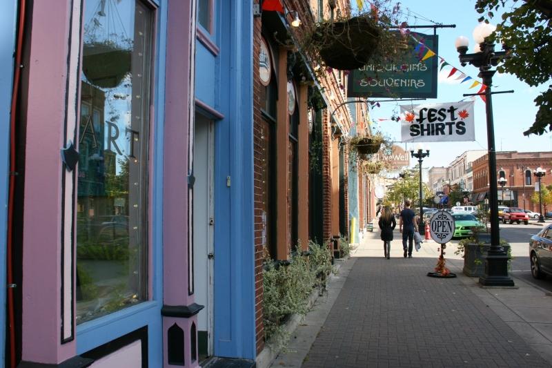 Pearl Street in historic downtown La Crosse, Wisconsin.