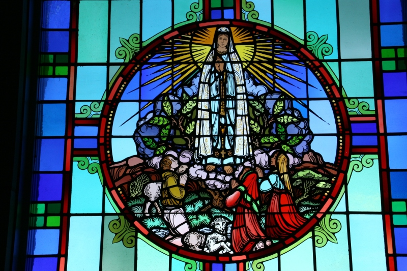 the stained glass windows in the chapel are exquisite.