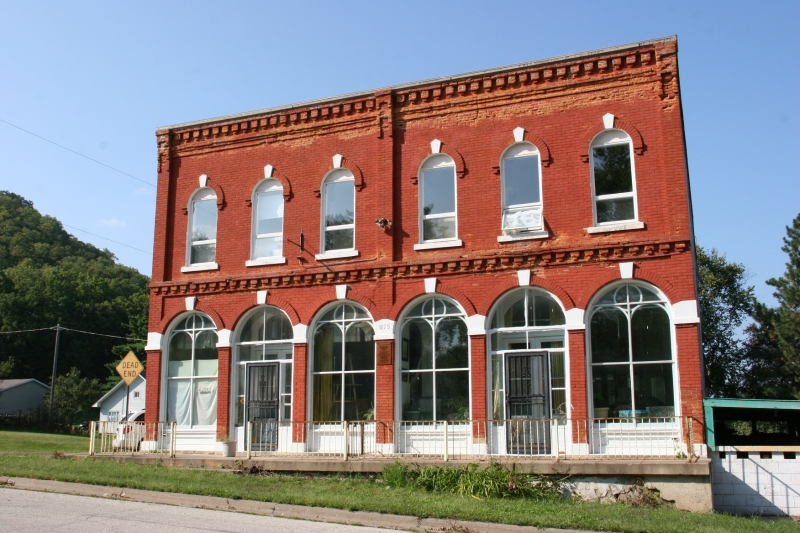 The historic former Weaver Mercantile Buiilding, once home to Noble Studio & Gallery.