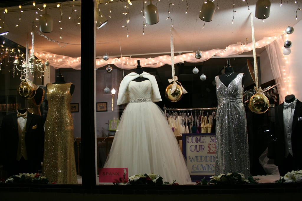 Wedding and party glam spotlighted at Weddings by Deb.