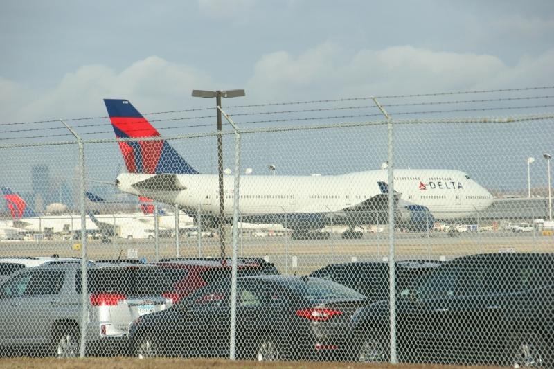 MSP Airport, 16 Delta 2