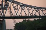 Mississippi River in Winona, 377 bridgeclose-up