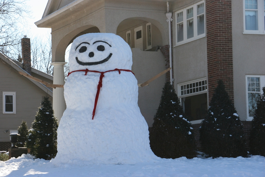 Snowman, 10 close-up