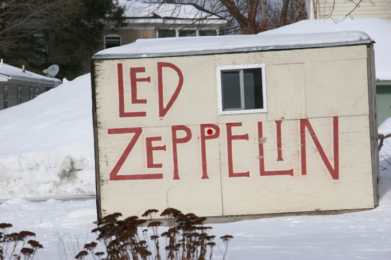 Led Zeppelin name on shed 61 close-up