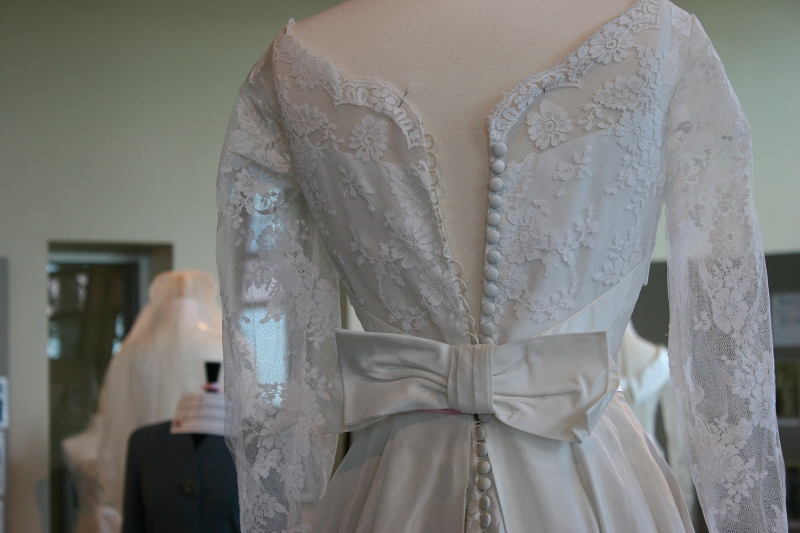 Some dresses could not be fully closed on the fuller forms.
