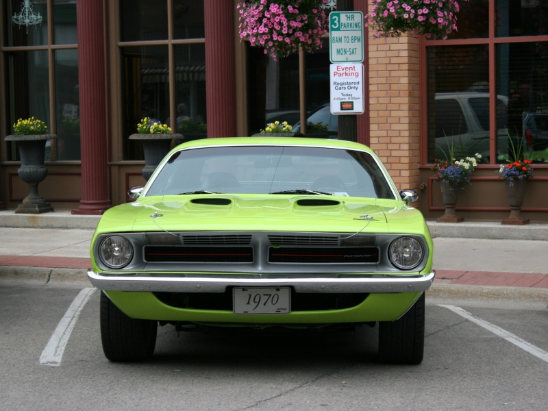 I was naturally drawn to this car because, as a teen, my bedroom was painted lime green. I still love that vibrant hue.