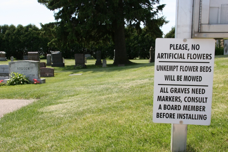 Next to this list of rules is a graveyard directory, which we couldn't decipher.