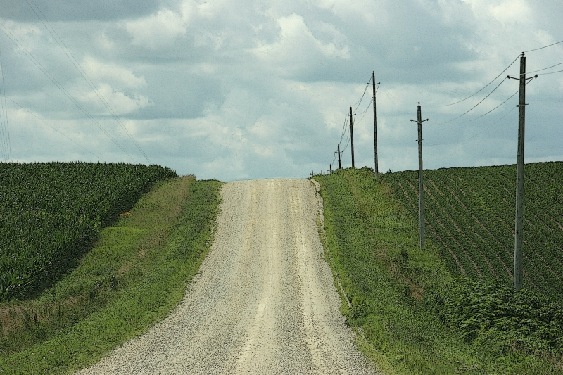Just north of Nerstand, country gravel roads run through the hilly terrain.