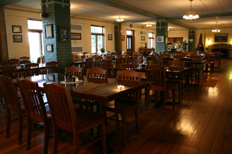The historic dining room, nearing closing time, was a quiet place to dine on a weekday evening in late May.