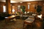 Potawatomi Inn, 16 Lonidaw LoungeRoom