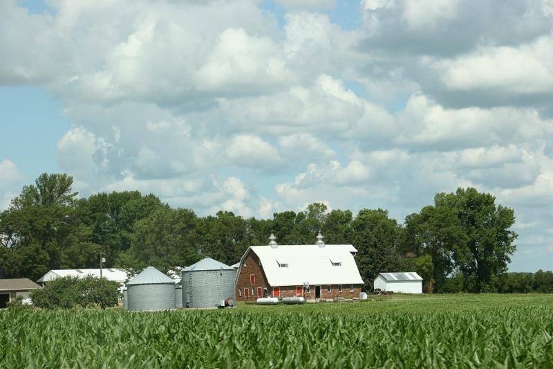 Sky in sw MN, 23 corn, barn & bins