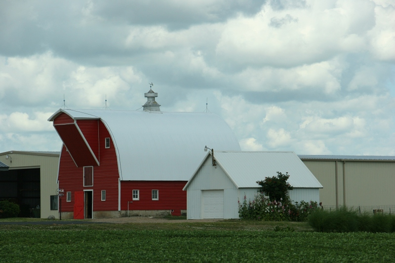 Sky in sw MN, 27 red barn close-up